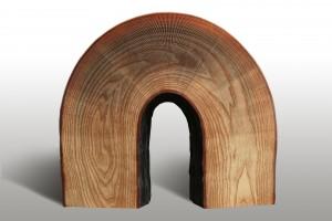 Li Hongbo, Wooden Pier, carta e colla, cm 35x18x18, 2015.